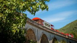 Escapade dans l'Aude avec son petit train rouge